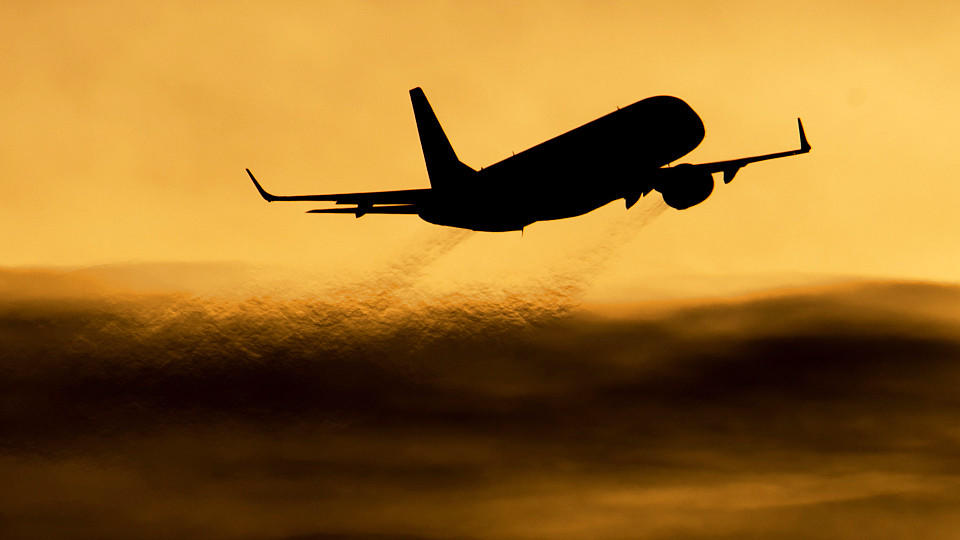 Beim Fliegen wird besonders viel CO2 in die Atmosphäre abgegeben