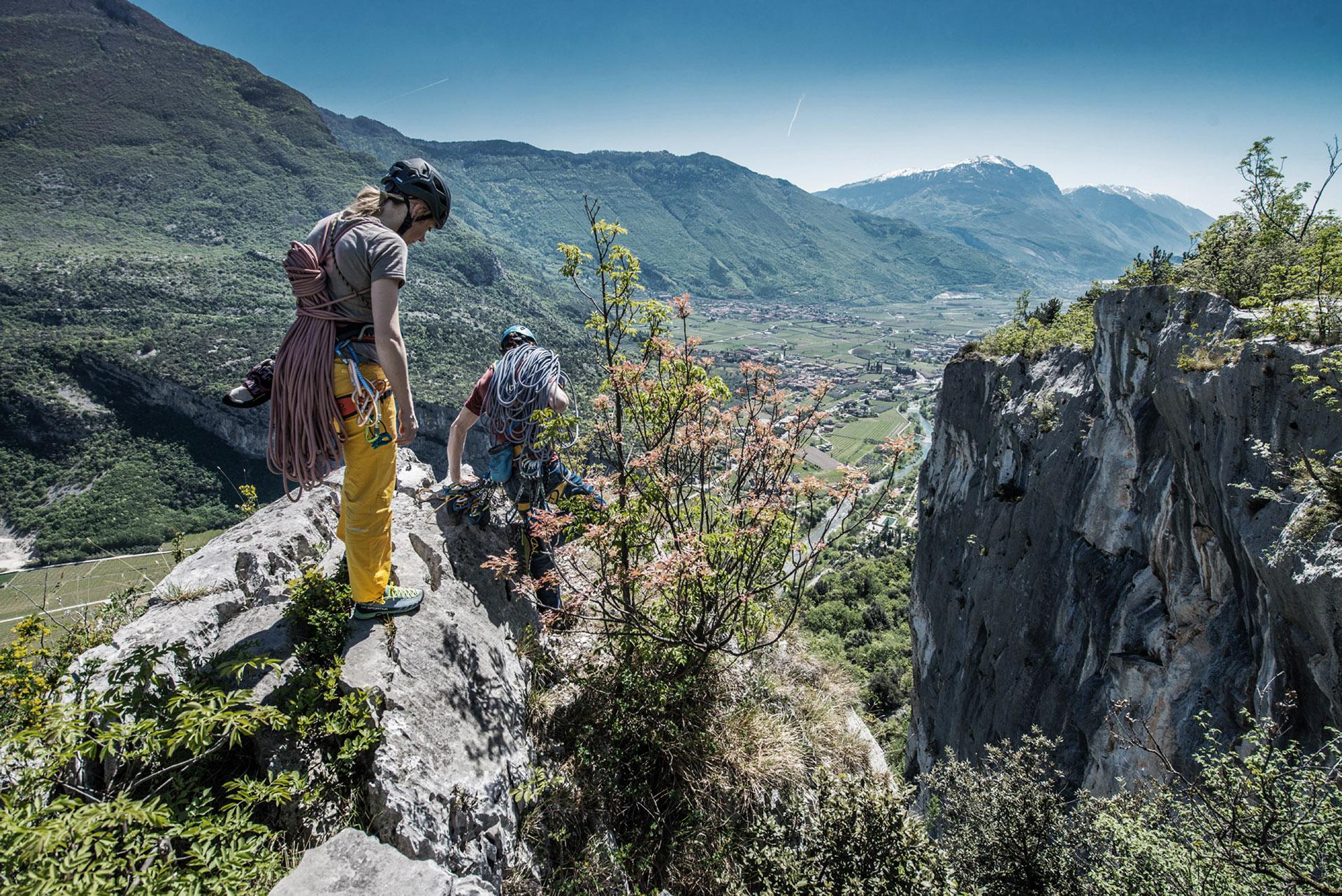 Mit der Traverse X-Line verbindet La Sportiva Trailrunning, Zustieg und Klettern noch enger