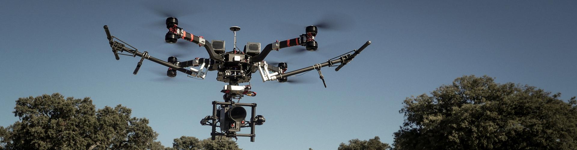 Prime Elements Heavy Lift Drohne mit Red Kamera Anvifilms