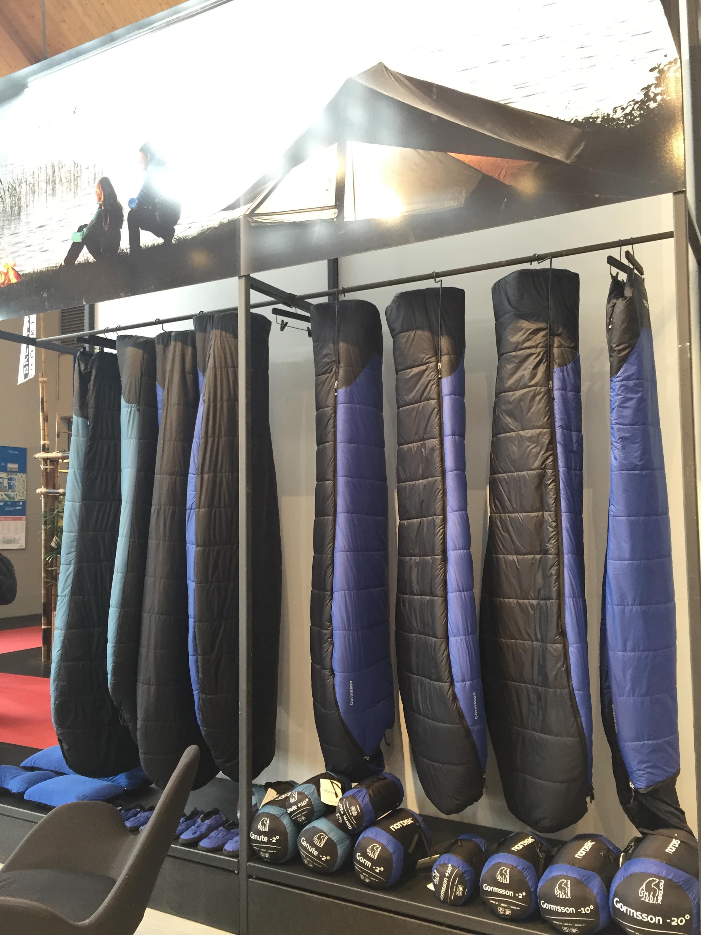 Nordisk hatte eins der größten Sortimente an Schlafsäcken mit auf der Outdoor in Friedrichshafen. (Credit: Chris Neumann)