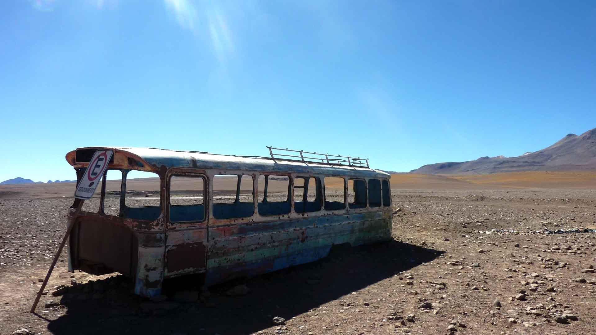 Verrostet in der Wüste - so sieht unser Bus vermutlich heute aus