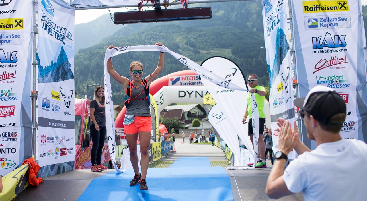Zieleinlauf in Kaprun: Wer den Großglockner Ultra-Trail bezwingt, darf zurecht stolz auf sich sein |©Dynafit